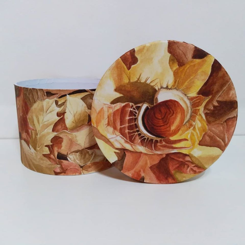 box painted with autumn leaves